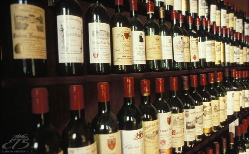 ...розлив французских вин из провинции Бордо на условиях франчайзинга...